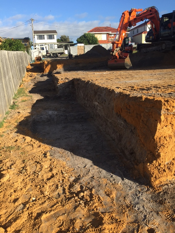 Excavation filled ground for deepened edge beams