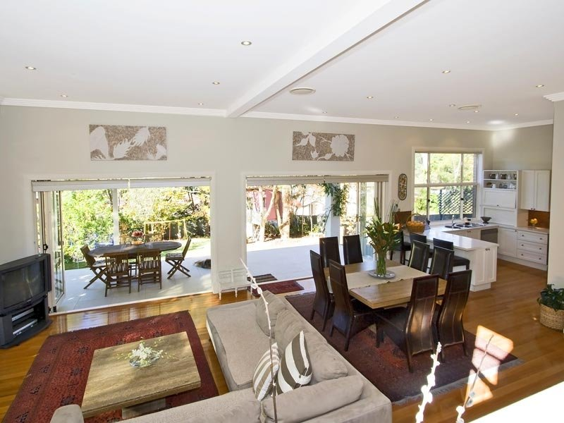 Sorrento Slit Level Custom Design with High Ceilings at Wahroonga