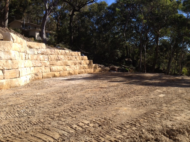 Sandstone boulder retain walls