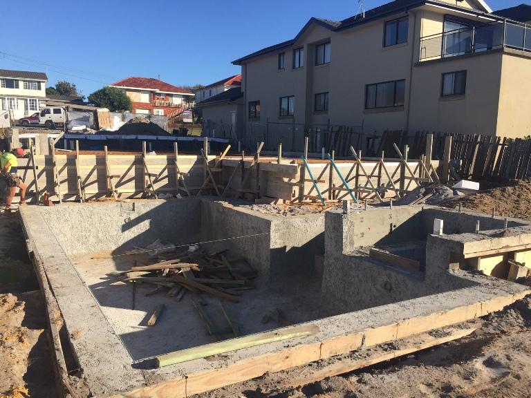Formwork for deepened edge beams