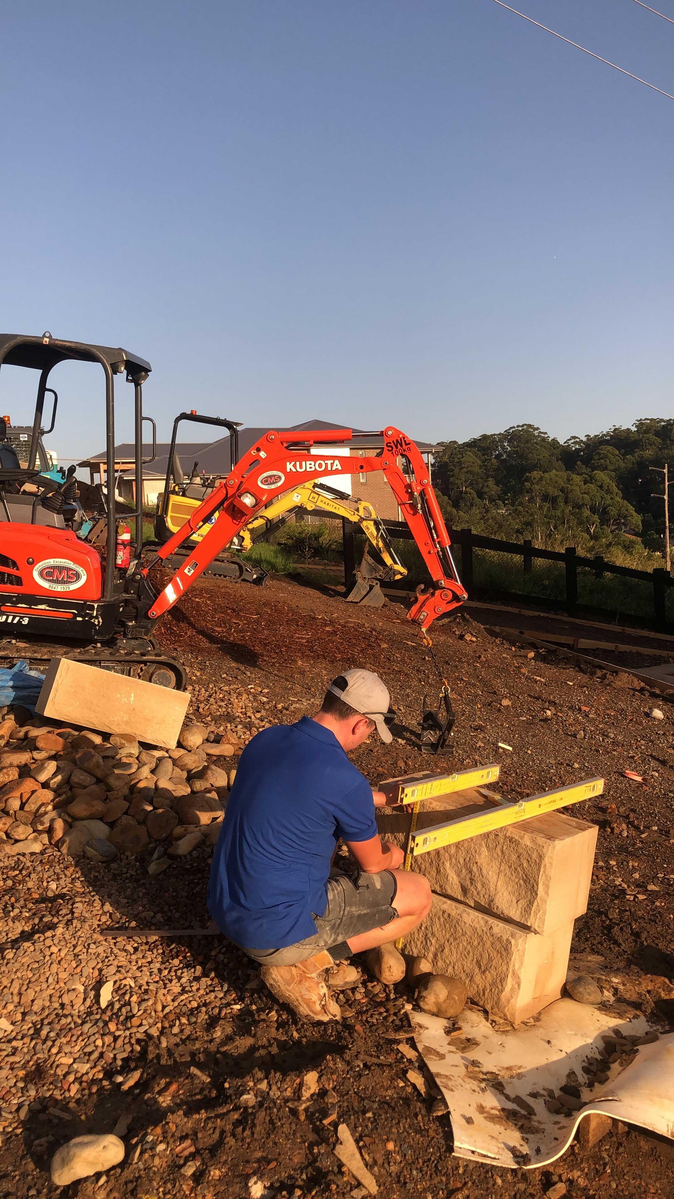 Shaping sandstone blocks