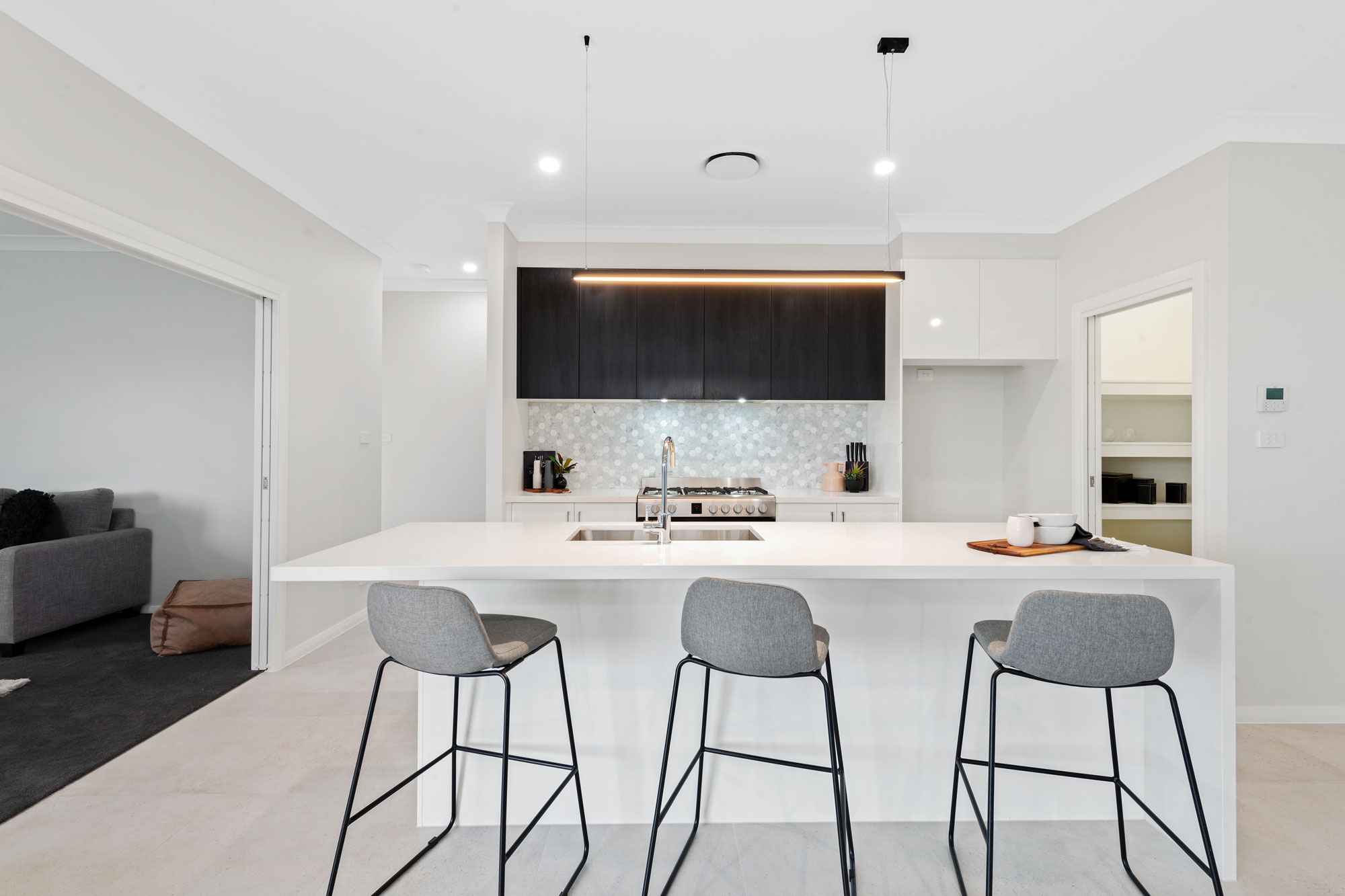 Modern Kitchen with 40mm Thick Stone Benchtop
