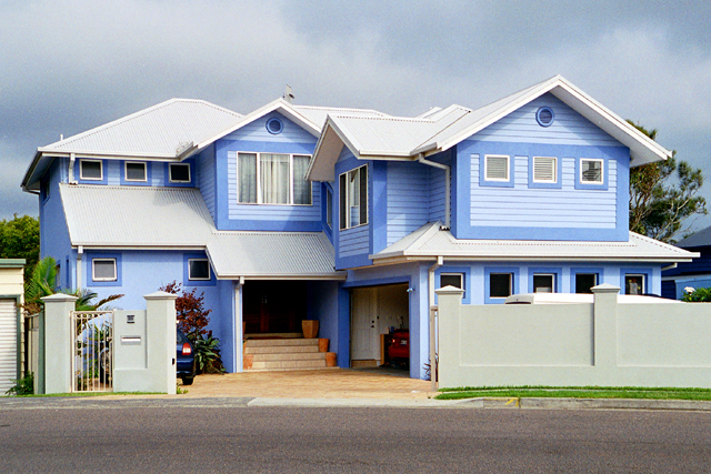 Custom design waterfront at terrigal gallery tullipan homes - Ocean front house plans gallery ...