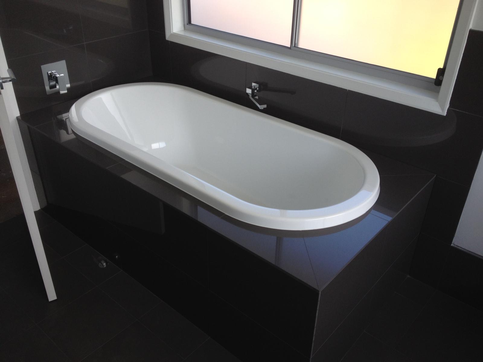 Oval shape bath custom home design point frederick - The bath point ...